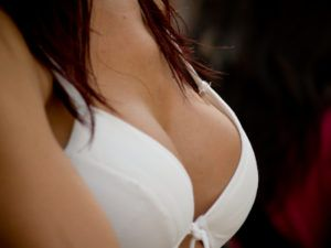 Your Breast Reduction Surgery Consultation | Beverly Hills Plastic Surgery
